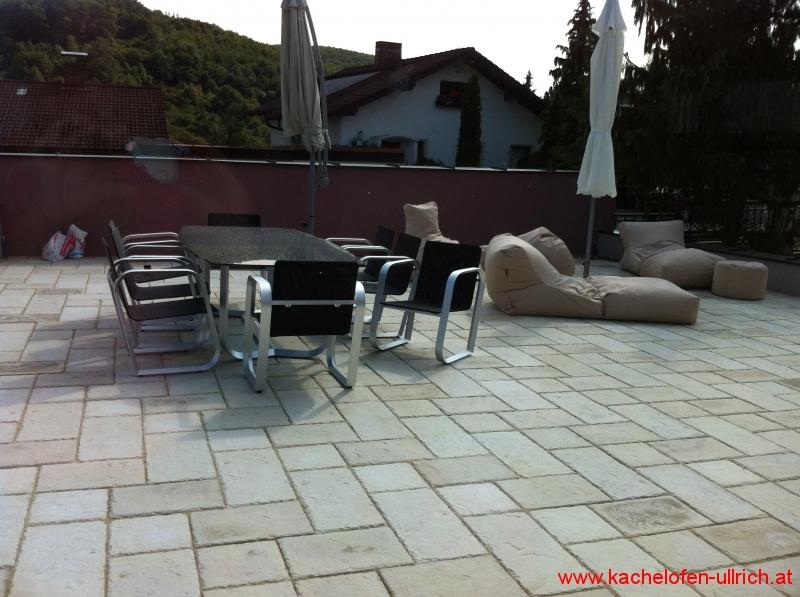 kachelofen kamin fliesen ullrich meisterbetrieb in 4 generation. Black Bedroom Furniture Sets. Home Design Ideas
