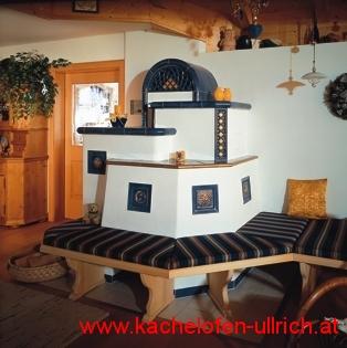 Kachelofen Bauernstube traditionell Mannersdorf am Leithagebirge