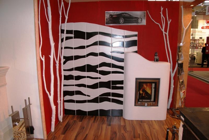 Kachelofen mit Ivantschitz Keramik Zebra