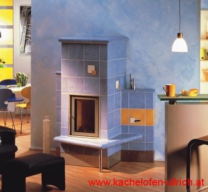 kachelofen mit sichtfenster ullrich blau